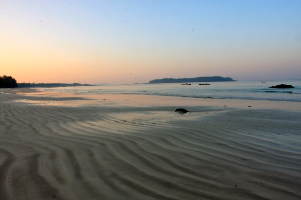 The beach at dawn shortly before my run